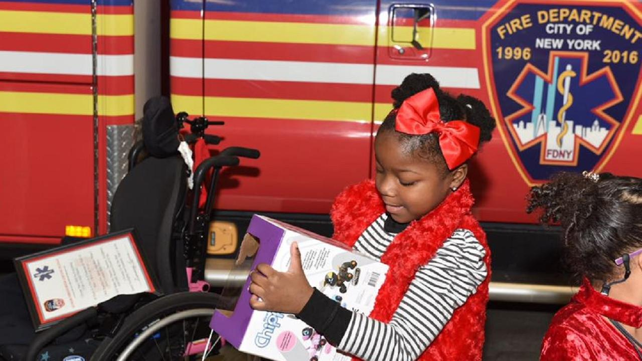 FDNY members grant special wish for young children in Brooklyn