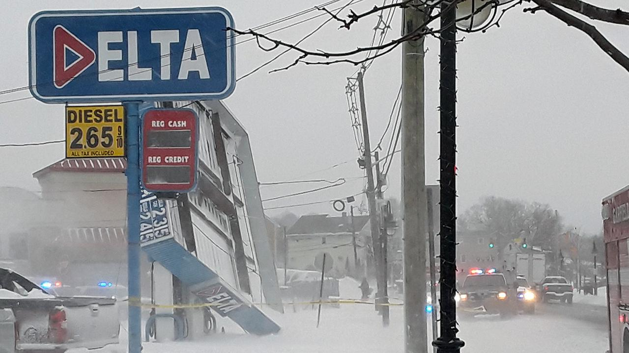 Gas station awning collapses in New Jersey