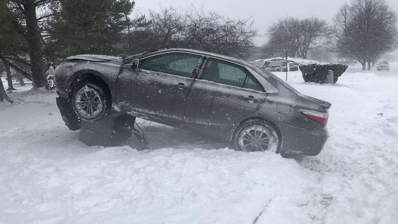 Hundreds of crashes reported during major snowstorm in NYC area