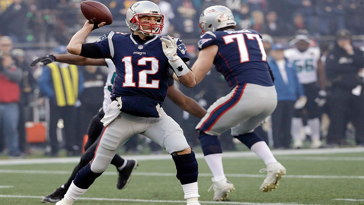 New England Patriots quarterback Tom Brady throws a pass during first half of the AFC championship NFL football game against the Jacksonville Jaguars (AP Photo/David J. Phillip)