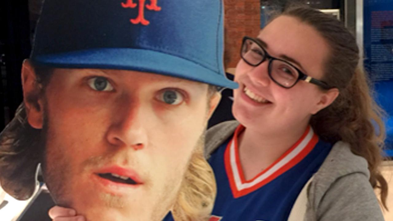 Teen needs help with retweets to get prom pictures with Mets