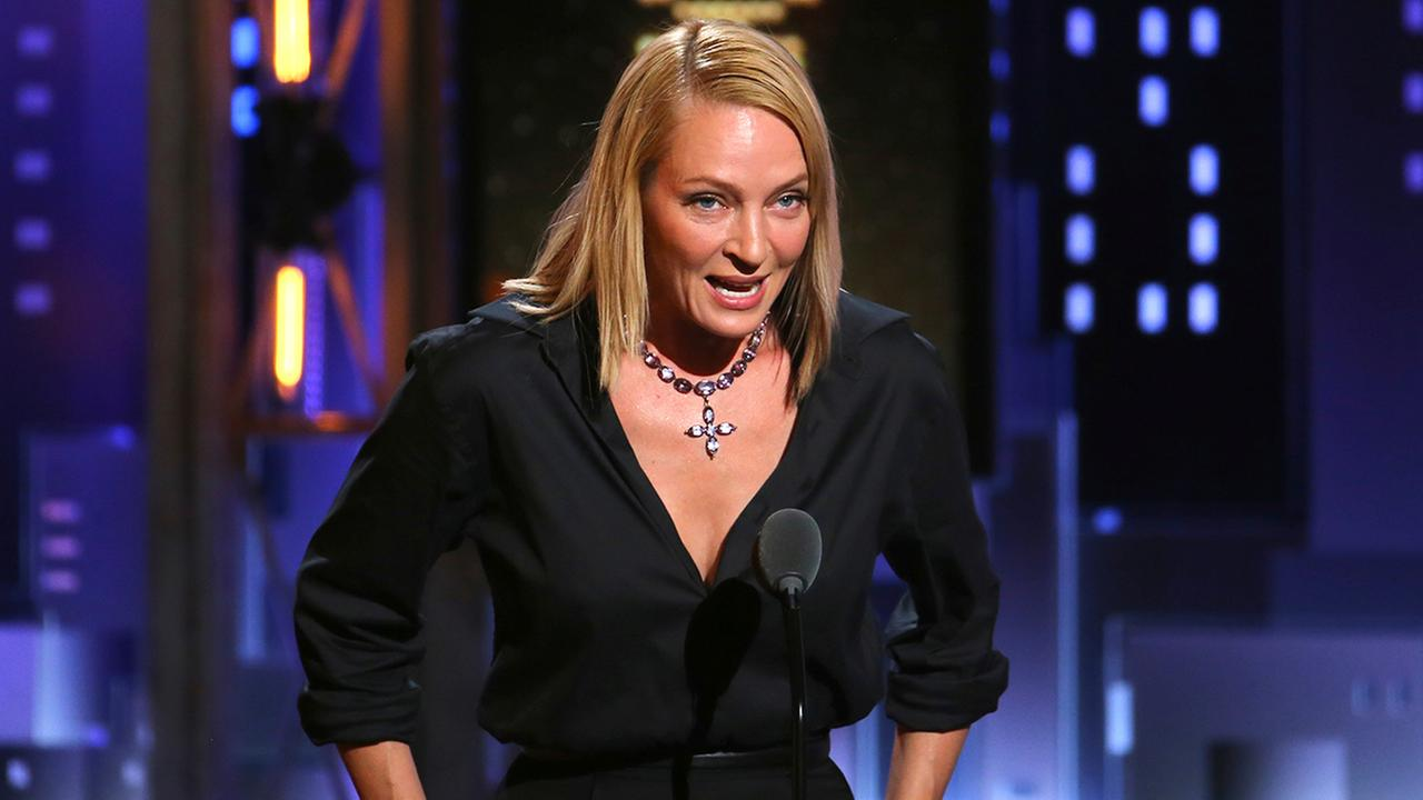 Uma Thurman introduces a performance by the cast of War Paint at the 71st annual Tony Awards on Sunday, June 11, 2017, in New York. (Photo by Michael Zorn/Invision/AP)