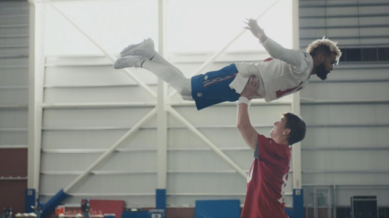 WATCH: Giants put in the work to 'Dirty Dancing'