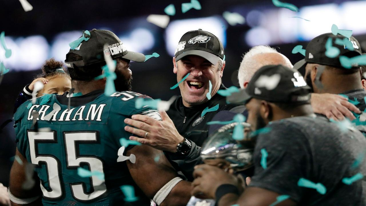 Philadelphia Eagles beat New England Patriots 41-33 in Super Bowl 52