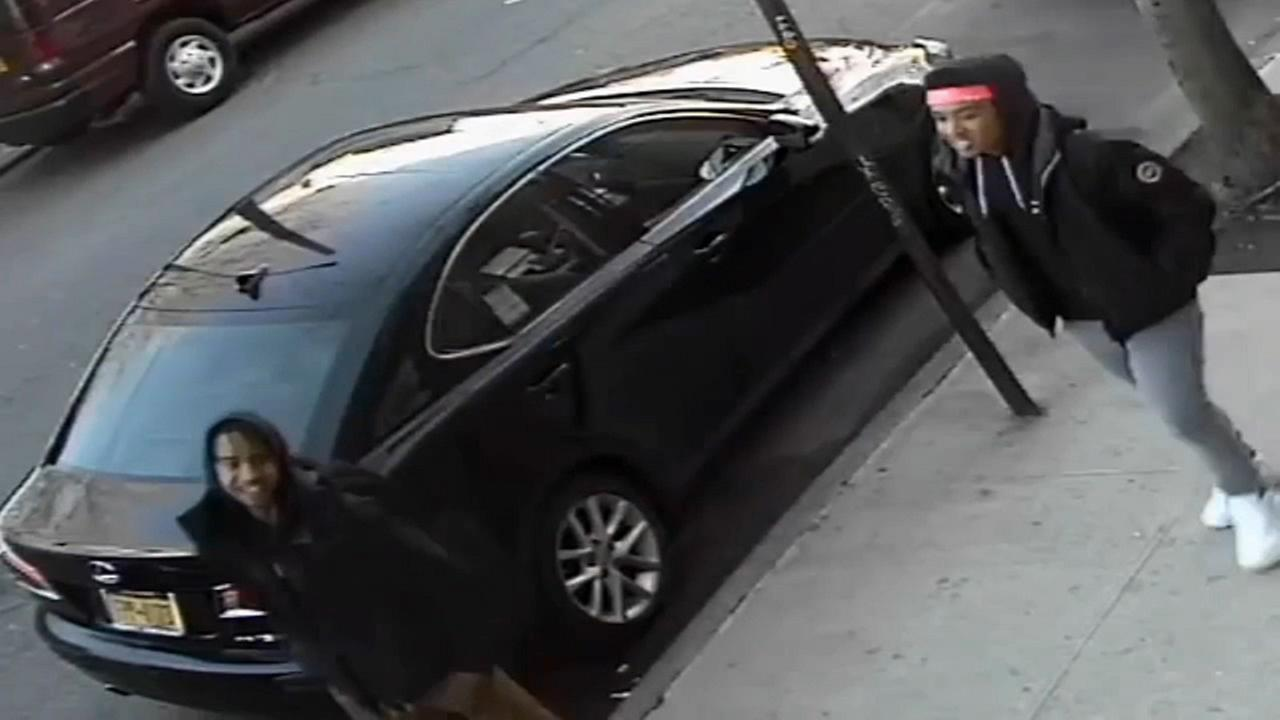 Police: Thieves steal bike from Brooklyn teen, threaten him with taser