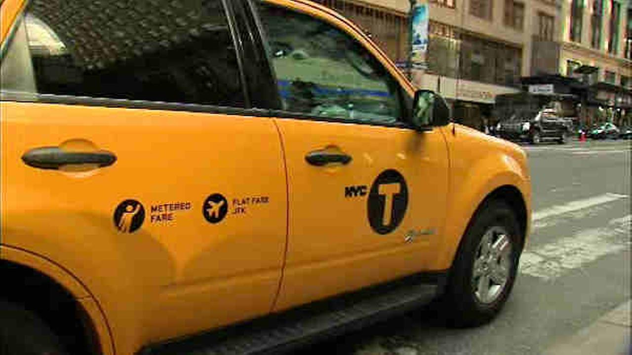 Judge approves New York City wheelchair-accessible taxi deal
