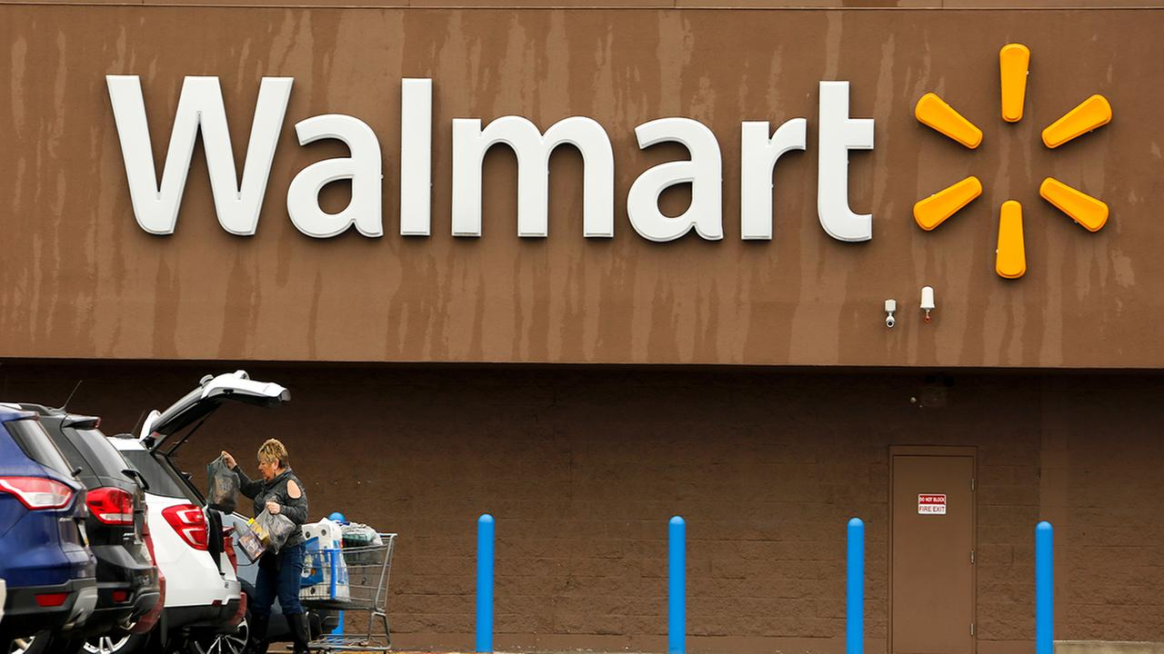Walmart sets age of 21 to buy firearms and ammunition