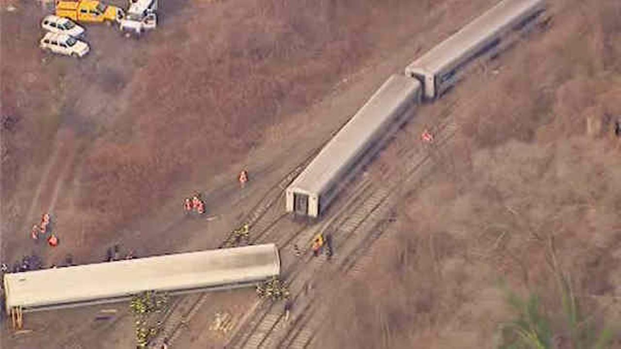 NTSB: Engineer sped multiple times in week leading up to Metro-North accident