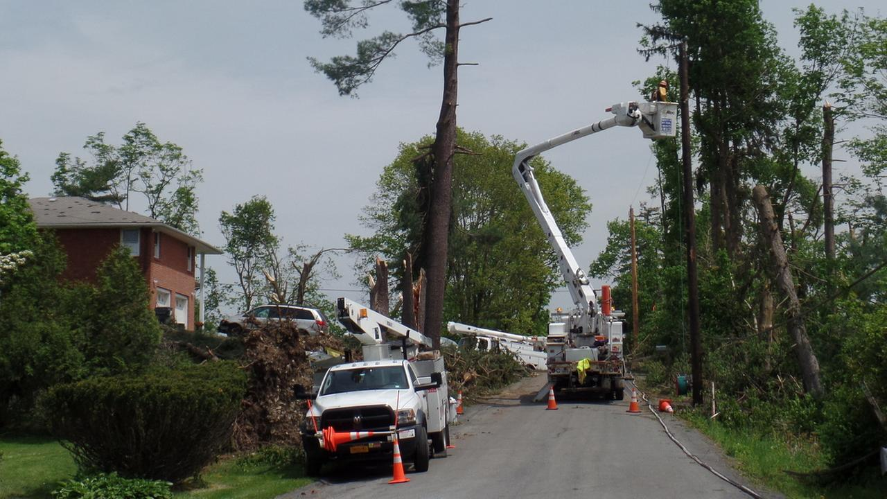 Thousands still without power after deadly tornadoes rip through area