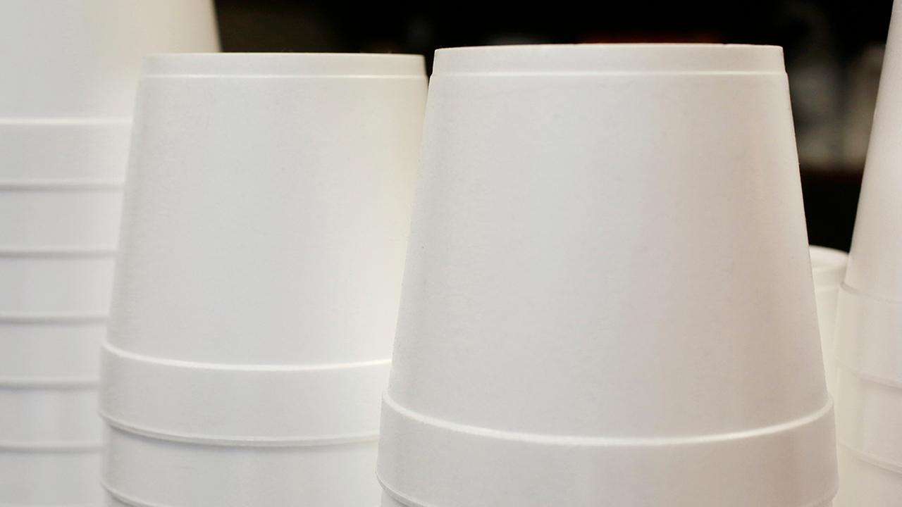 Ban on styrofoam food containers in New York City set to take effect Jan. 1