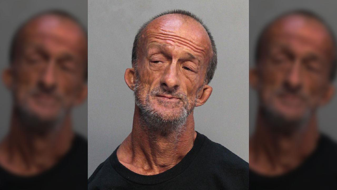 Florida man with no arms charged with stabbing tourist