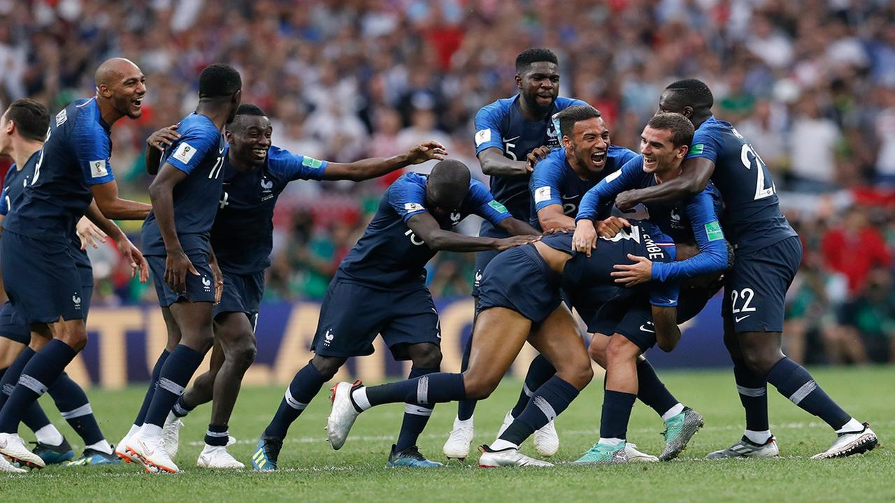 French players celebrate at the end of the final match between France and Croatia at the 2018 soccer World Cup in the Luzhniki Stadium in Moscow, Russia,(AP Photo/Petr David Josek)