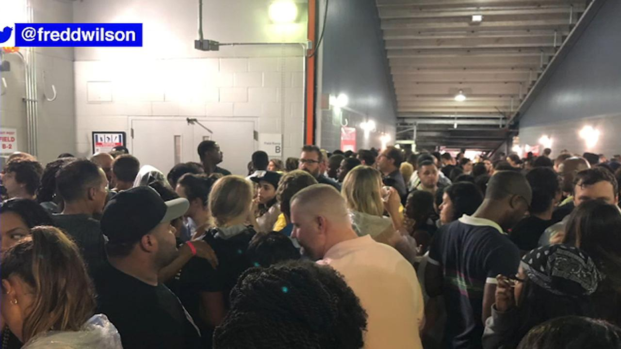 Bad weather forces Beyonce and Jay-Z concert fans inside MetLife Stadium