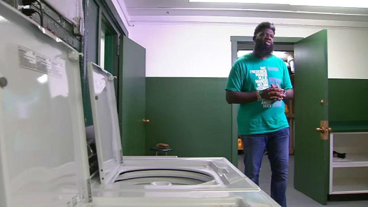 new jersey high school principal installs laundry room to fight student bullying. Black Bedroom Furniture Sets. Home Design Ideas