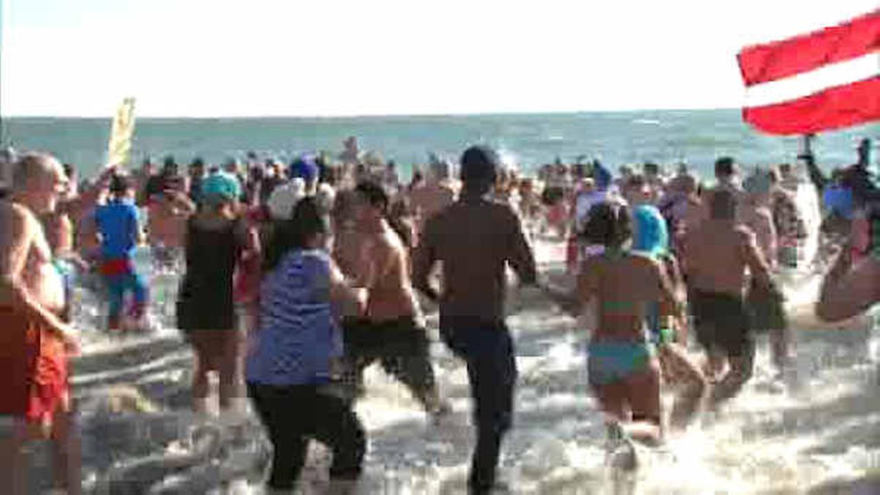 Coney Island Polar Bear club takes plunge to benefit Camp Sunshine