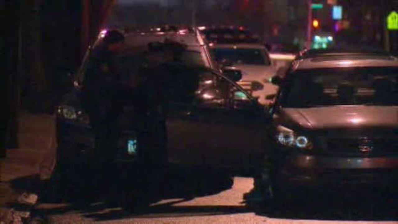 Bronx teenager fatally struck by 2 cars, 2nd teen injured