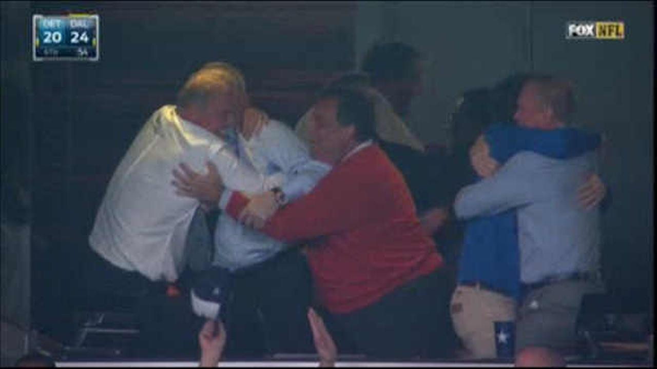 Chris Christie seen celebrating Dallas Cowboys win over Lions with Jerry Jones
