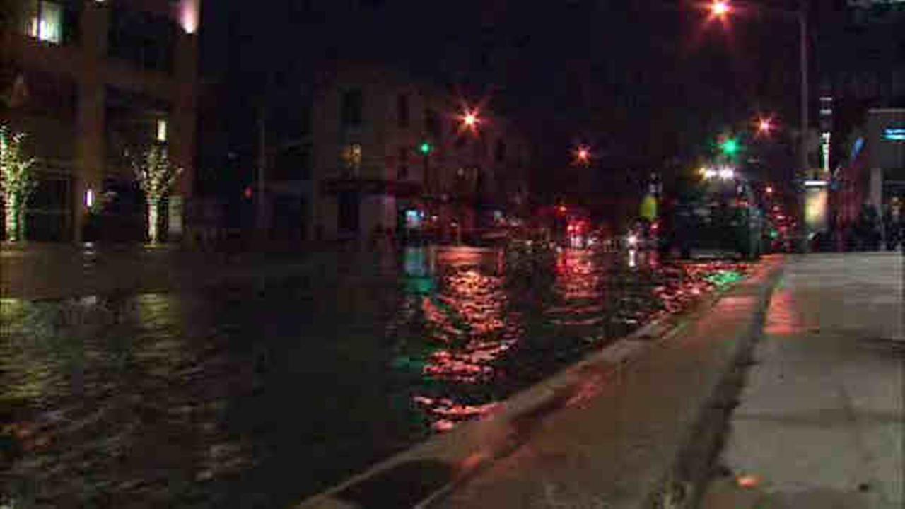 Service restored after water main break affects Manhattan's West Side
