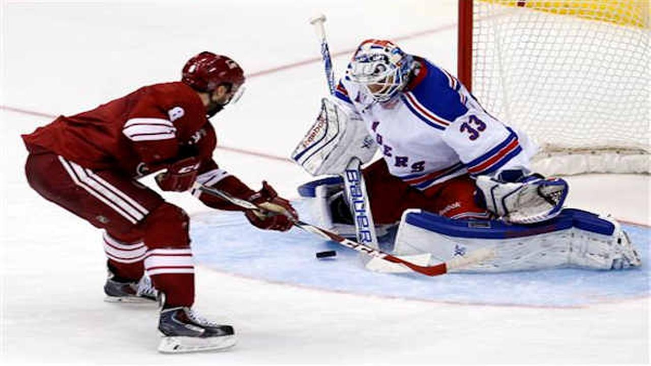 Nash leads Rangers past Coyotes 5-1 in Vigneault's 500th win