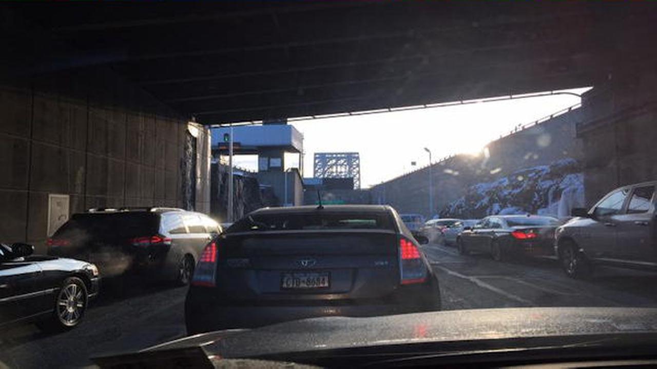 Lane on George Washington Bridge inbound lower level temporarily closed