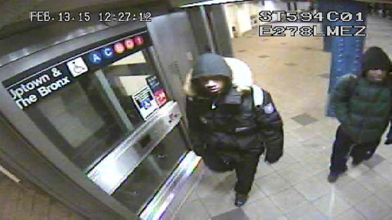 Man robbed of cell phone on A subway train near Columbus Circle