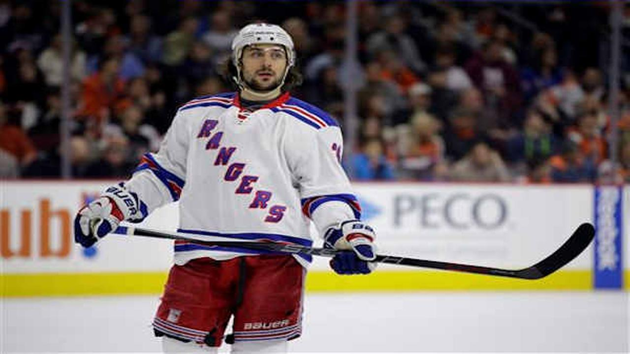 Rangers lose 4-2 to Flyers