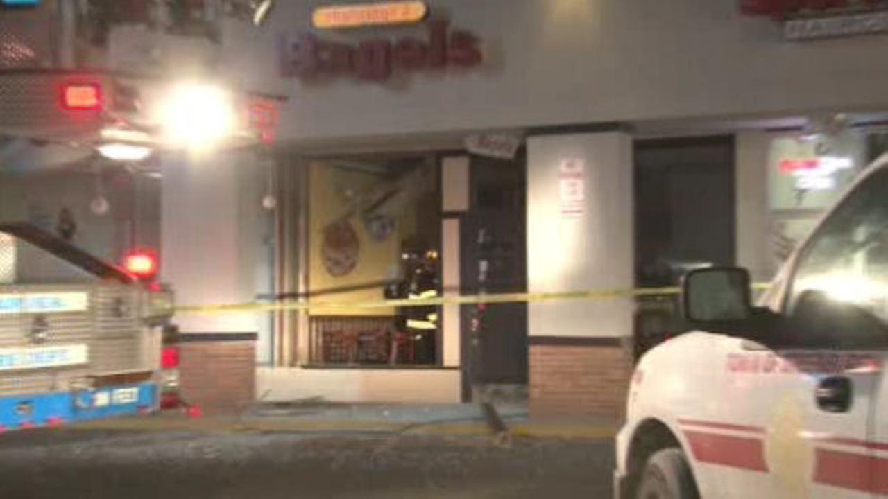 Bagel store damaged by explosion in Hartsdale, Westchester County