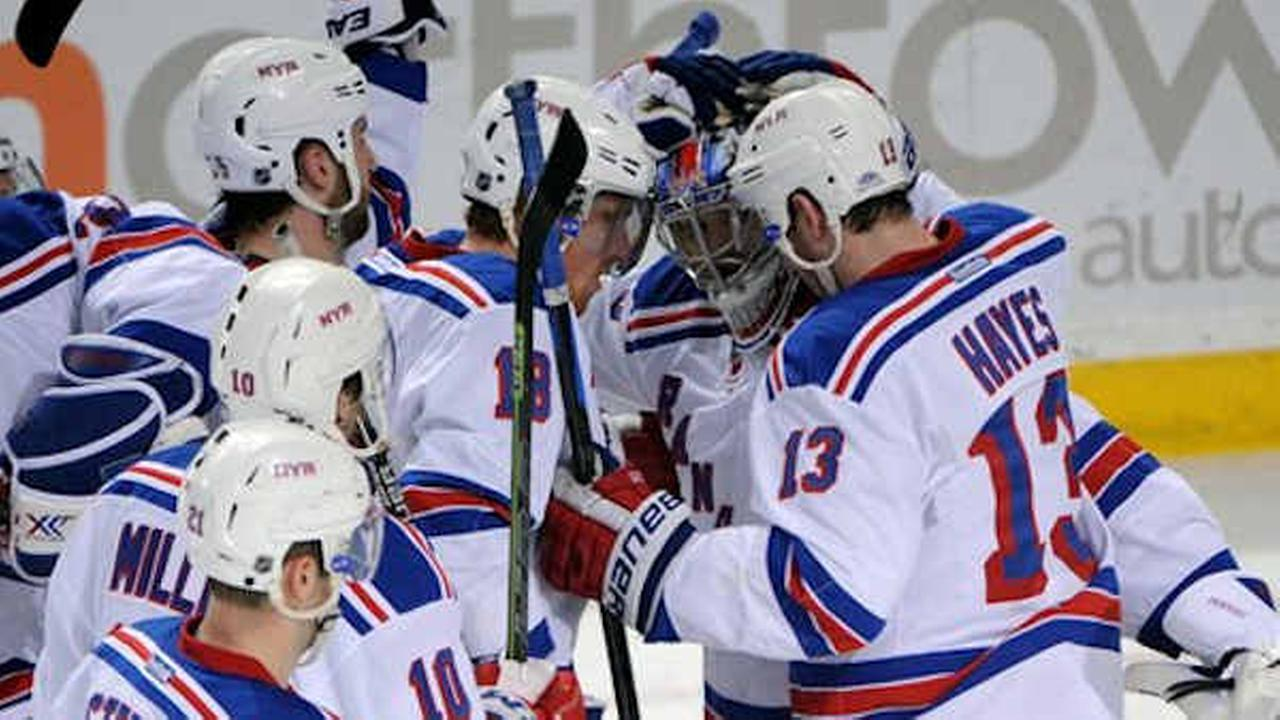Yandle's third period goal helps Rangers beat Sabres