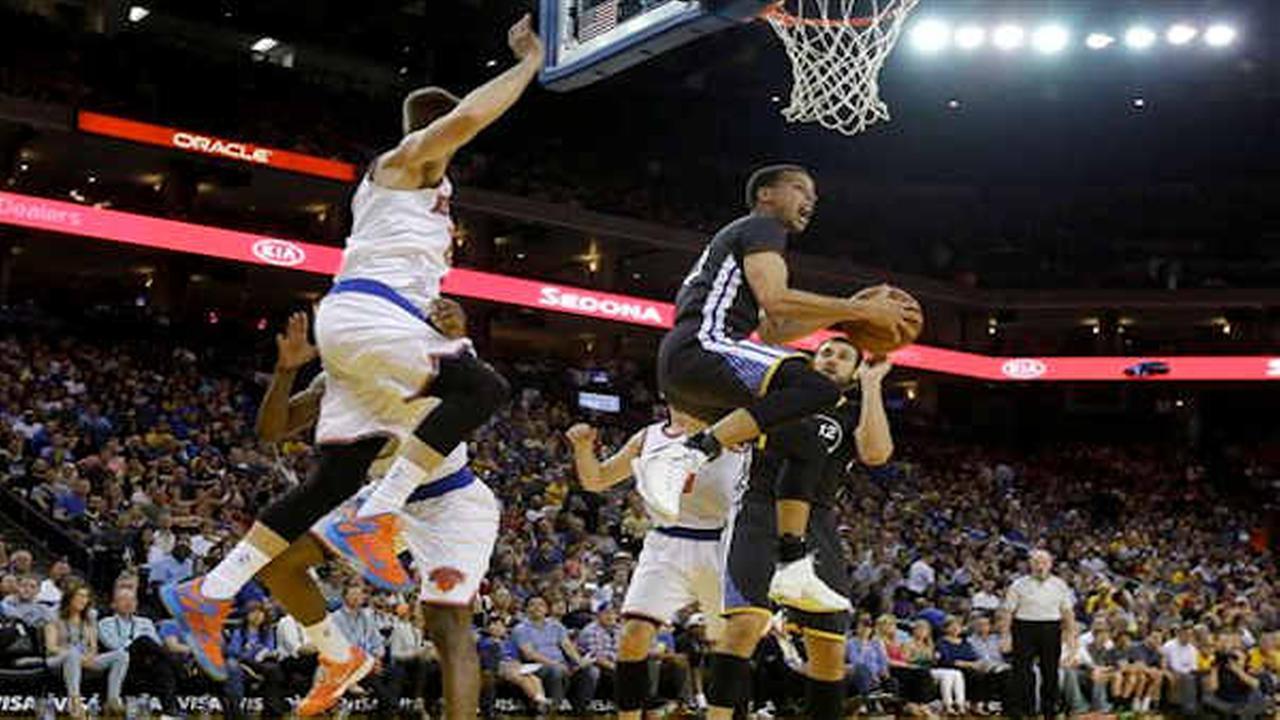 Knicks fall 125-94 to Warriors