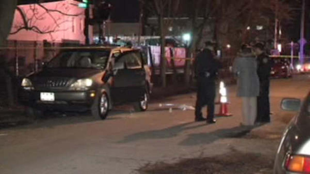 Suspect arrested after man found shot and killed in parked car in Glendale, Queens