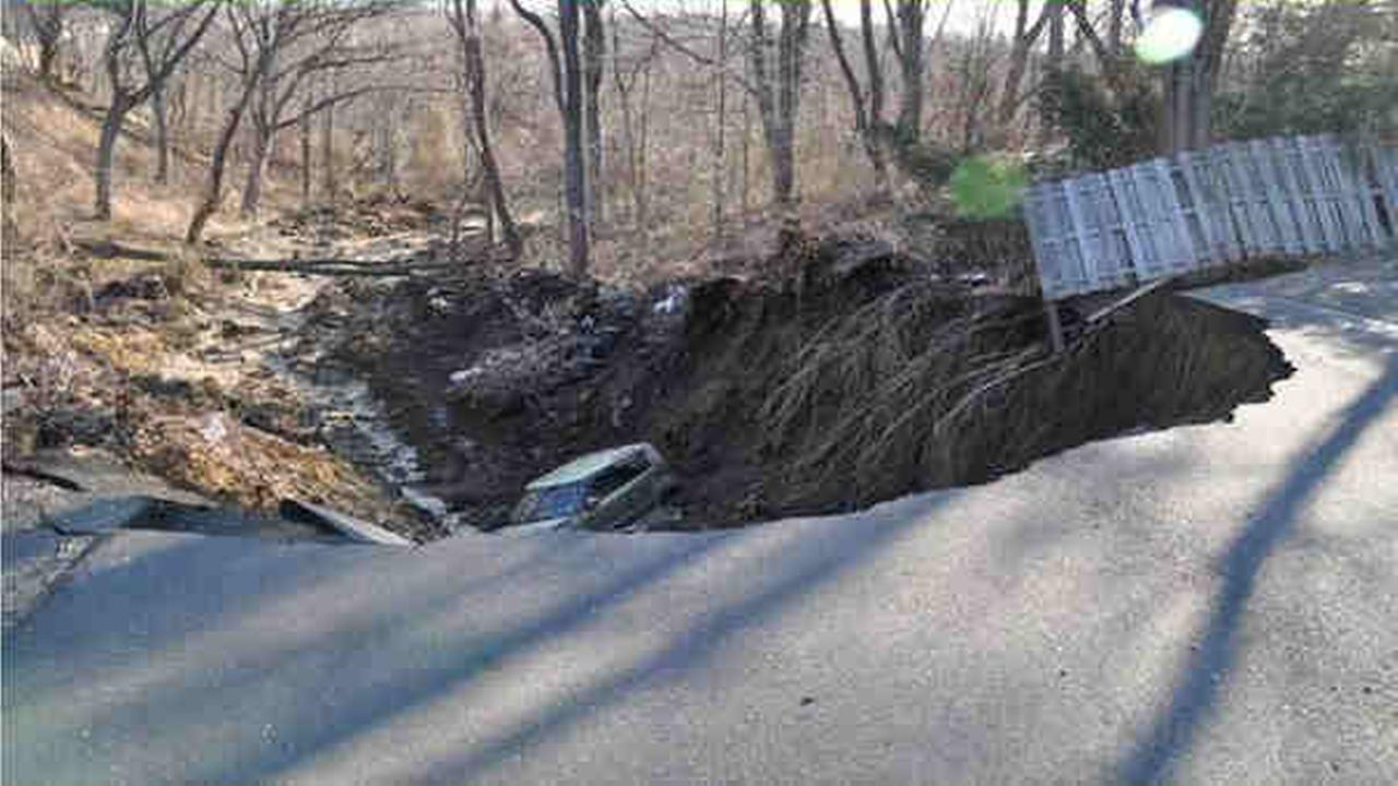 Sinkhole in New Jersey causes evacuations