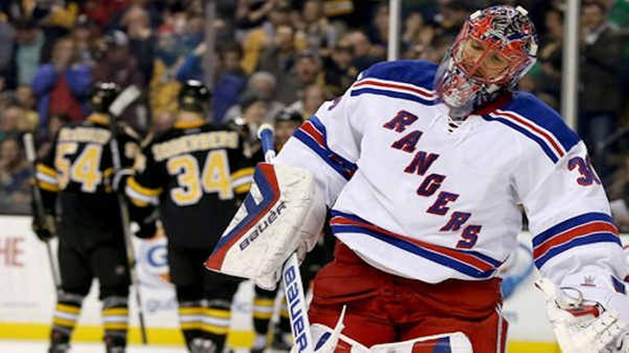 Rangers lose 4-2 to Bruins in Lundqvist's return