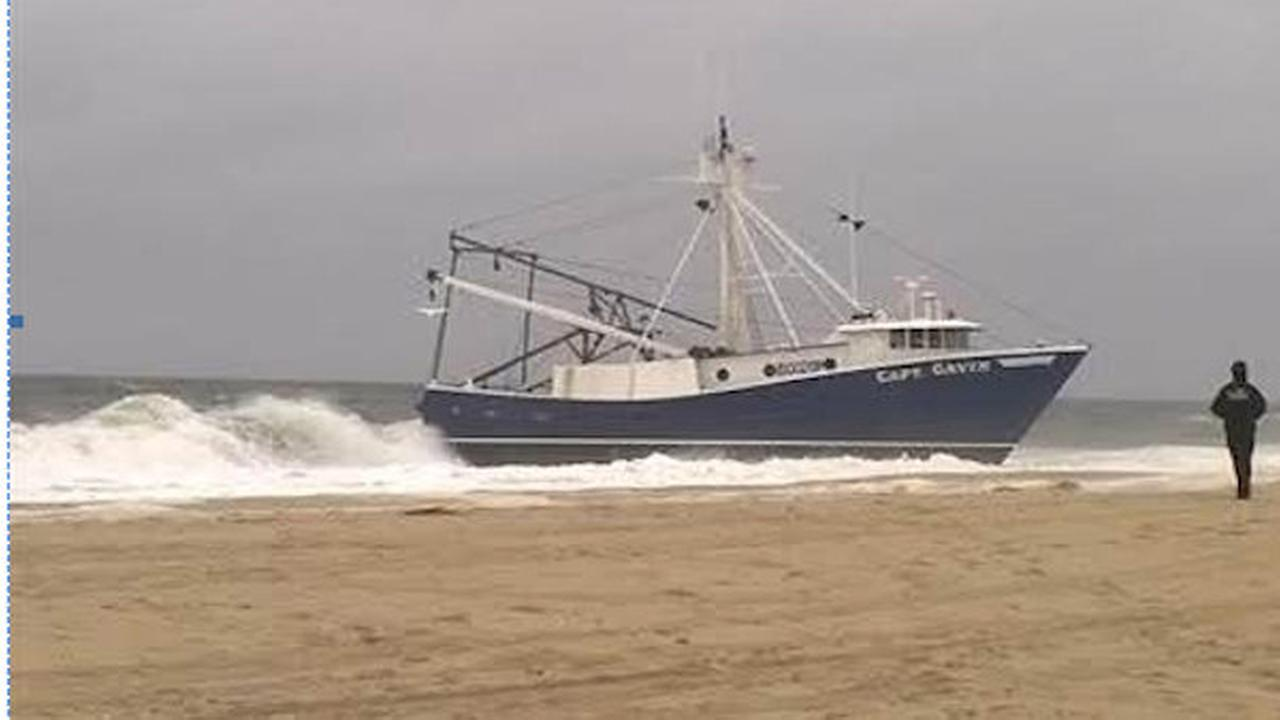Fishing boat Captain Gavin grounded on Point Pleasant Beach