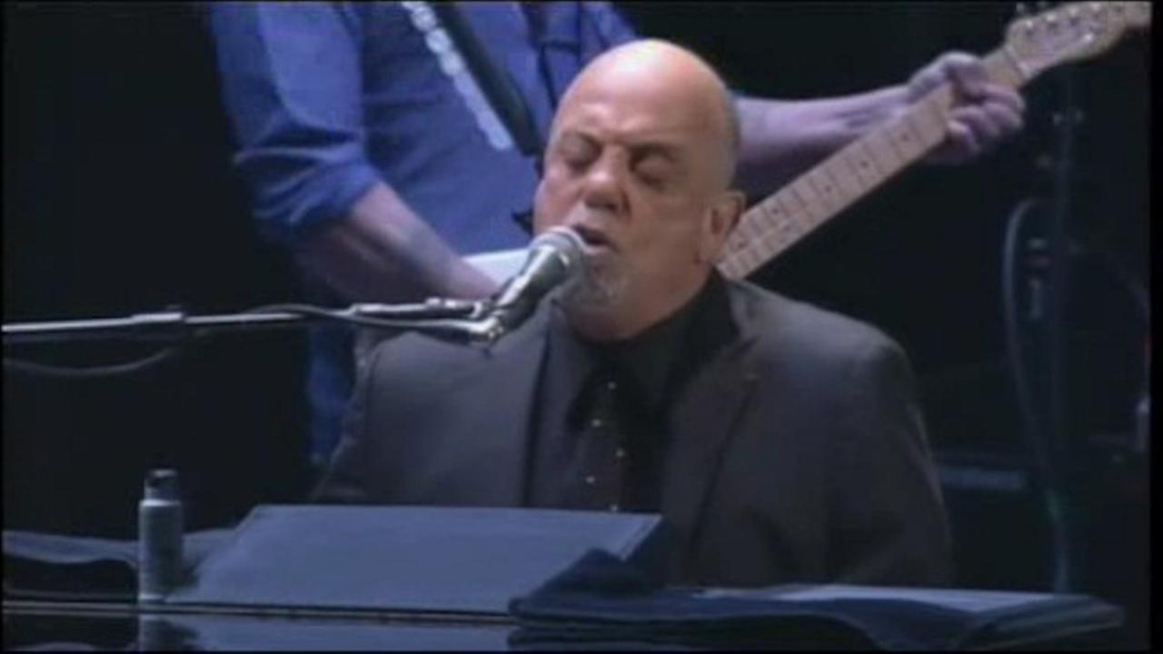 Billy Joel and girlfriend expecting baby this summer