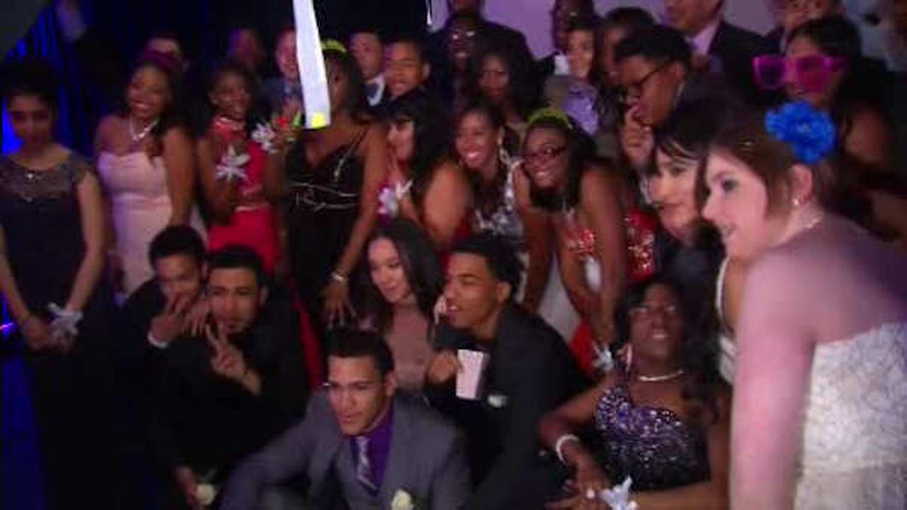 MSG hosts 'Garden of Dreams' Prom for teens facing obstacles