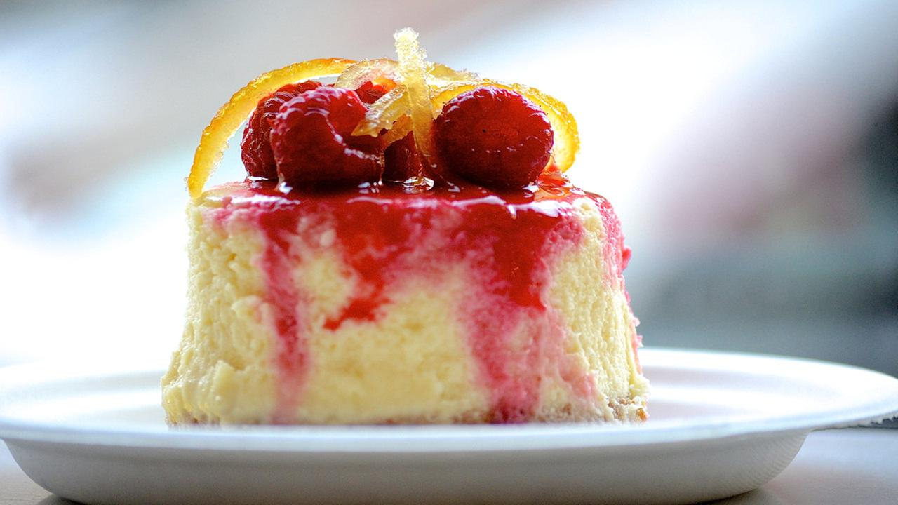 magnolia bakery lemon raspberry cheesecake