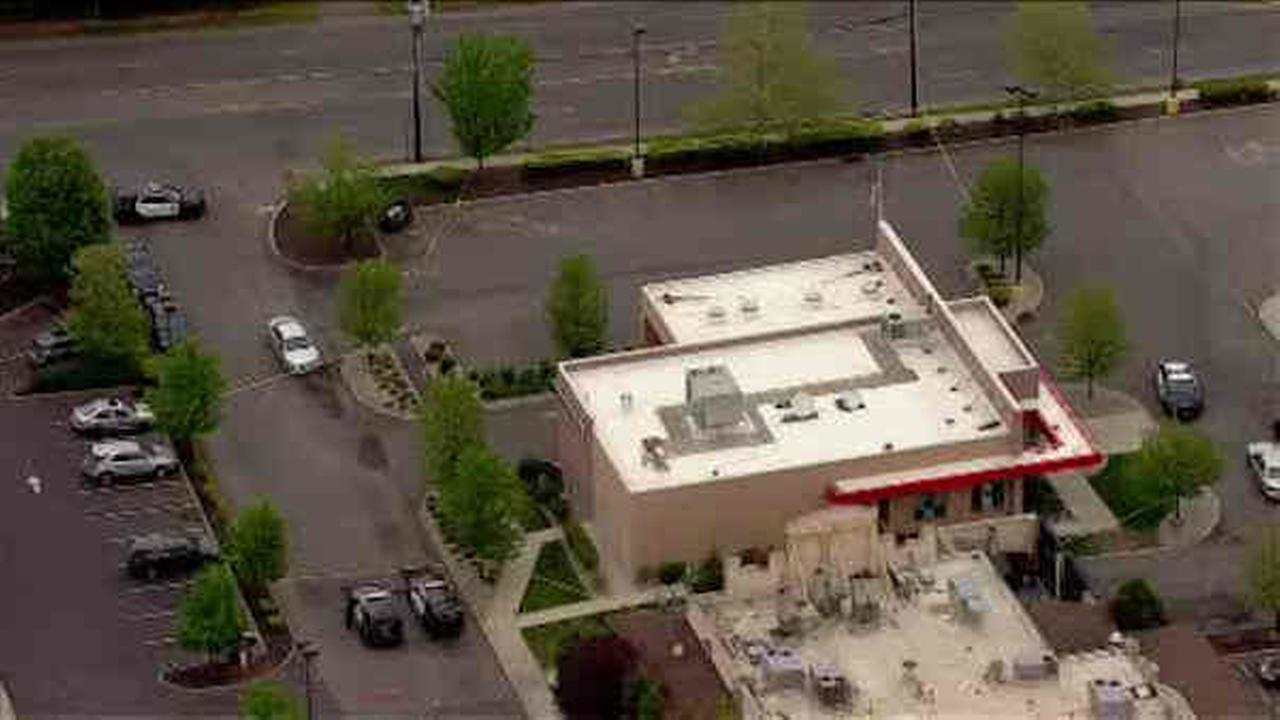 Suspect captured after attempted bank robbery, carjackings in Linden