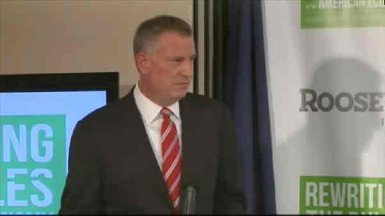 Mayor de Blasio will continue to control New York City schools