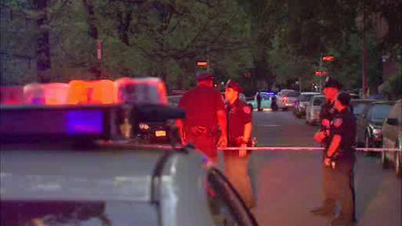 Woman, teen bystanders shot by man on bike in Brooklyn