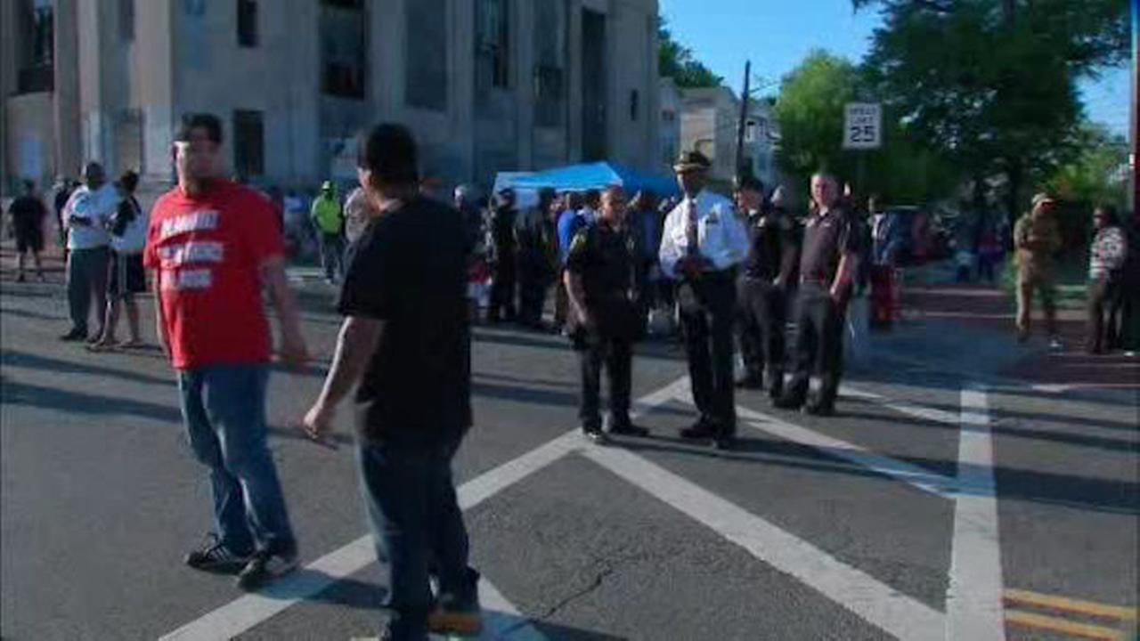 Newark mayor leads 'Occupy the Block' march to curb crime in the city