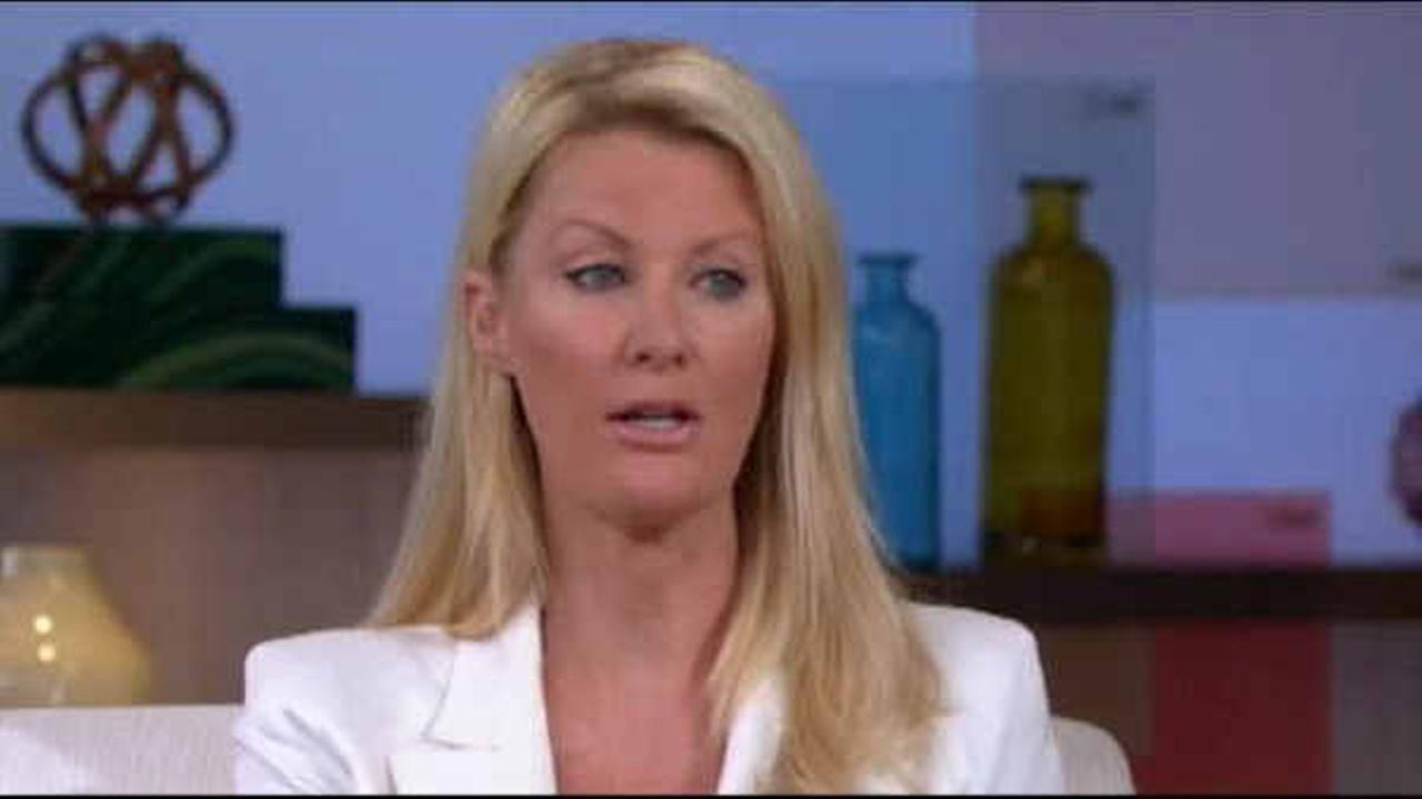TV food star Sandra Lee released from hospital after breast cancer surgery