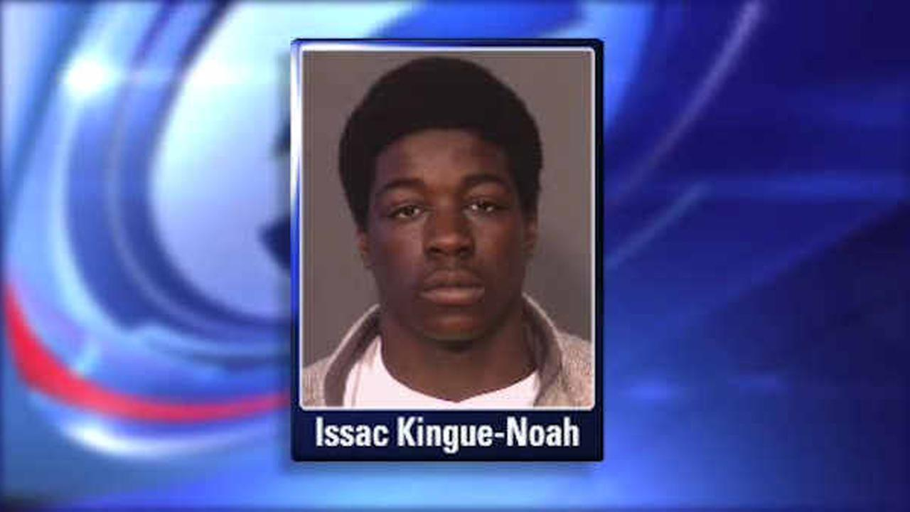 Police searching for teen in connection with shooting of Staten Island teen