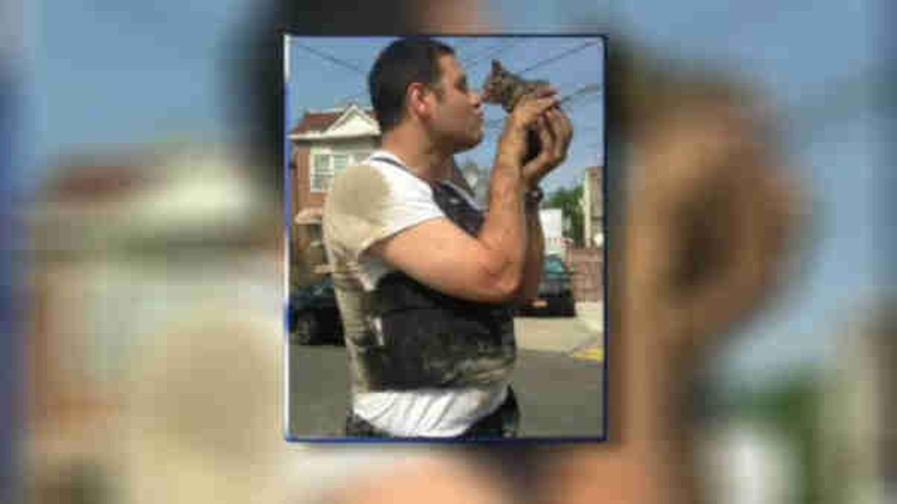 NYPD officer rescues kitten, finds it a home