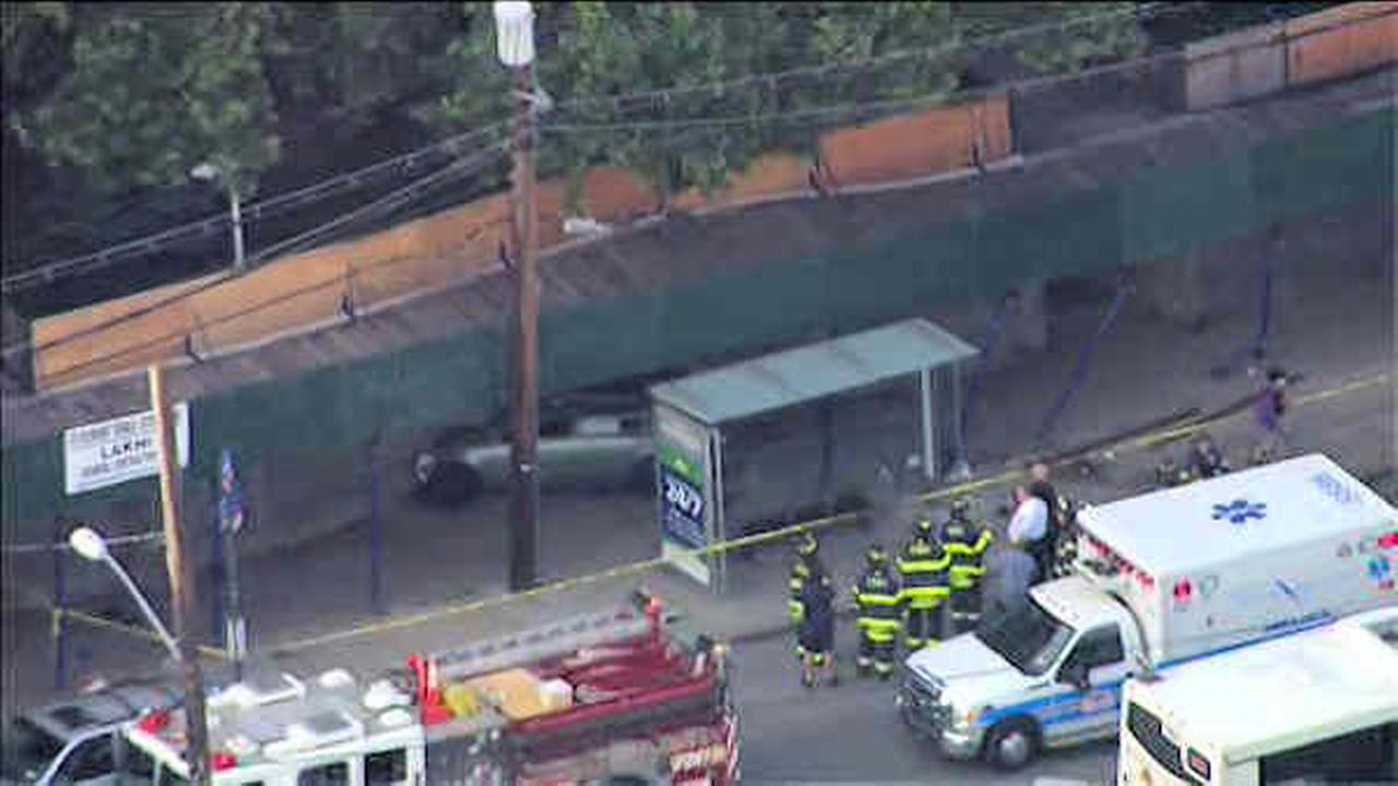 Car crashes into scaffolding on Staten Island