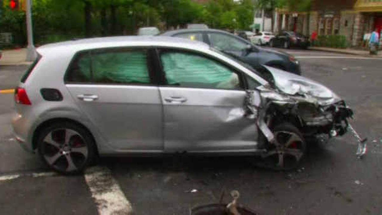 Man killed in chain-reaction crash involving 4 vehicles in Marble Hill