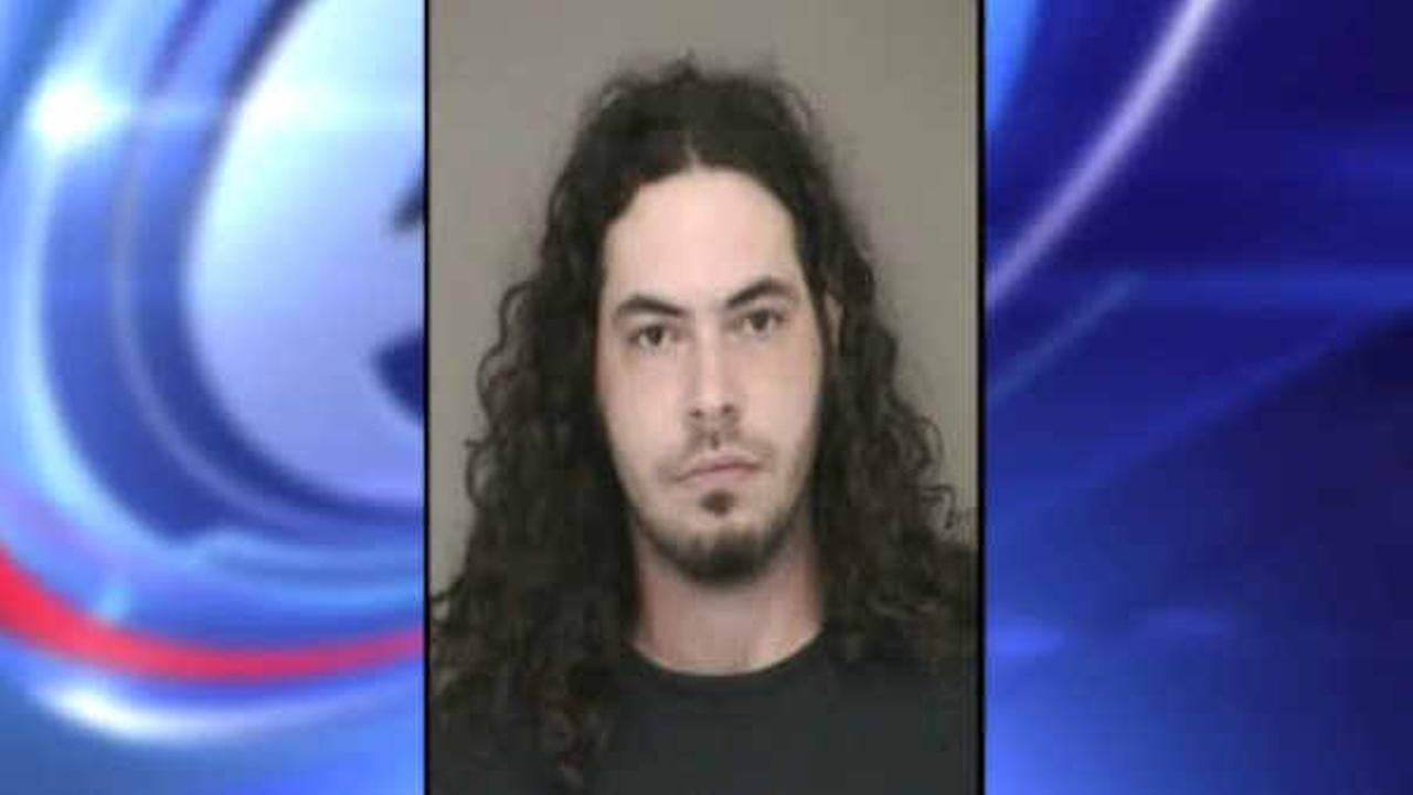 Police capture Long Island burglary suspect after pursuit on land and water
