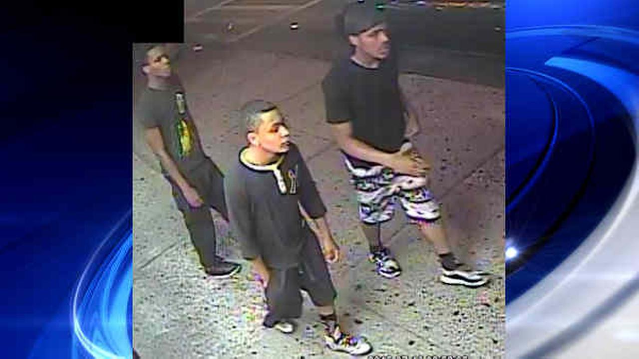 Image released of suspects in Bronx robbery spree that included 5 assaults in 1 hour