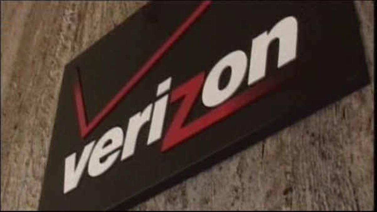 Striking Verizon workers to return to jobs Wednesday; Deal inked