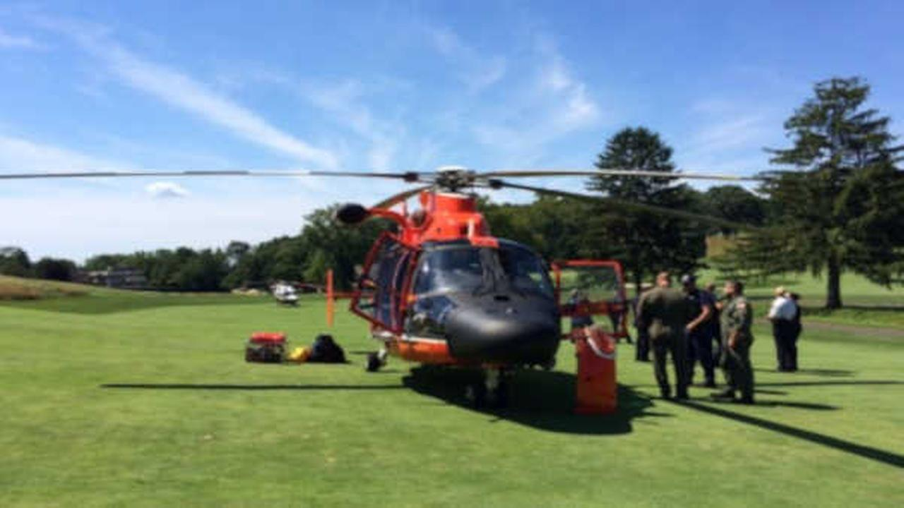 Helicopter crew forced to make emergency landing on Staten Island golf course