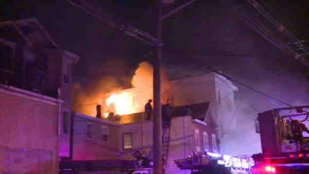 2 buildings wrecked in late night fire in Elizabeth, NJ